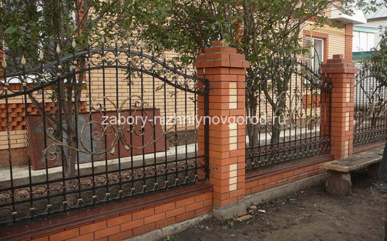 строительство заборов с ковкой в Нижнем Новгороде